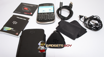 Blackberry Bold 9900 what's in the box