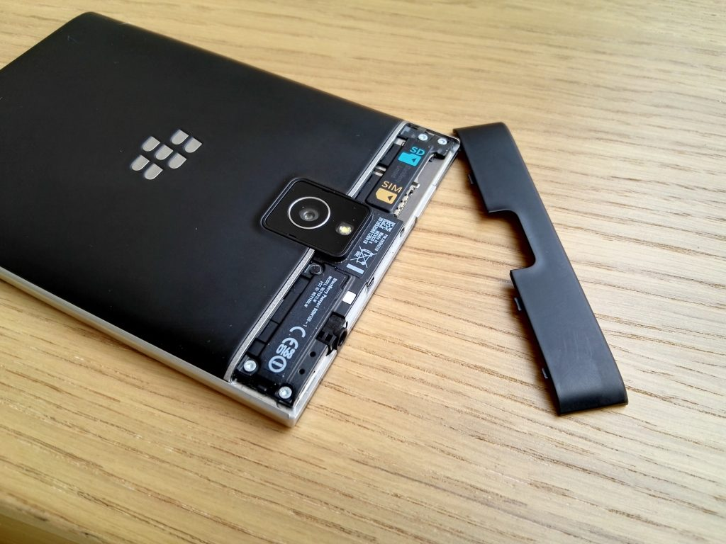 Blackberry Passport sim card