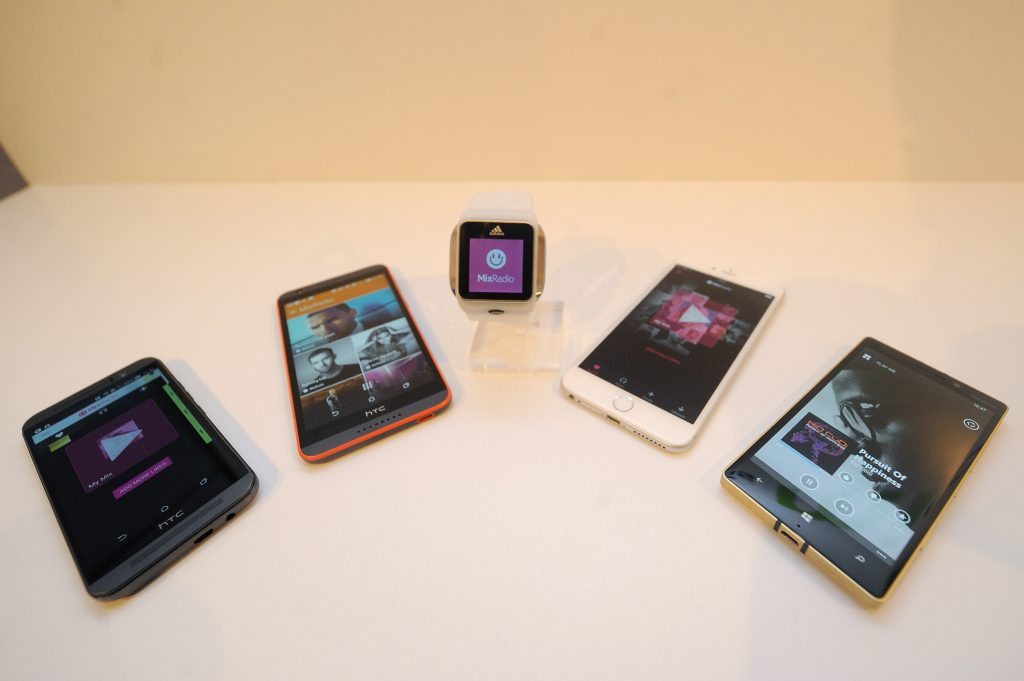 NEW YORK, NY - MAY 19:  Devices on display at the MixRadio iOS and Android launch event at 404 on May 19, 2015 in New York City.  (Photo by Brad Barket/Getty Images for MixRadio)