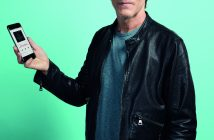 Kevin Bacon EE Apple Music