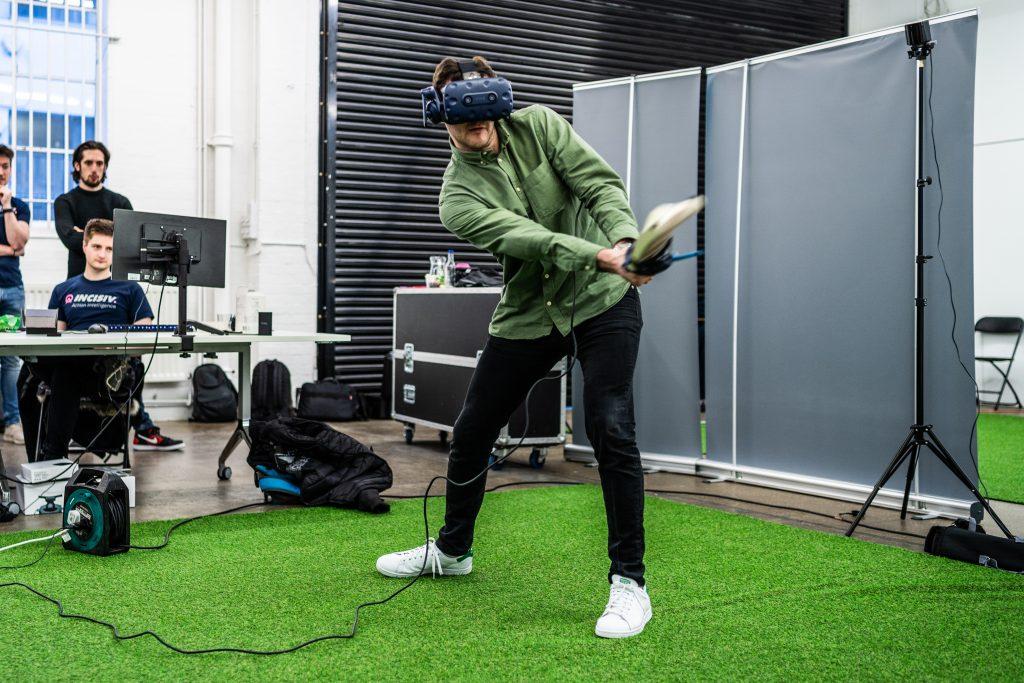 INCISIV Cricket VR