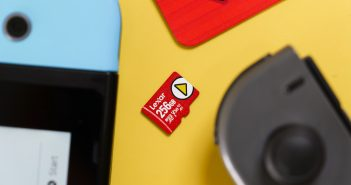 Lexar PLAY microSDXC card